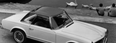 Mercedes-Benz 230SL Roadster